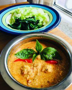 keto-friendly Thai food